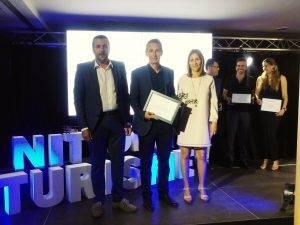 L'Alcade amb els premiats a la Nit del Turisme